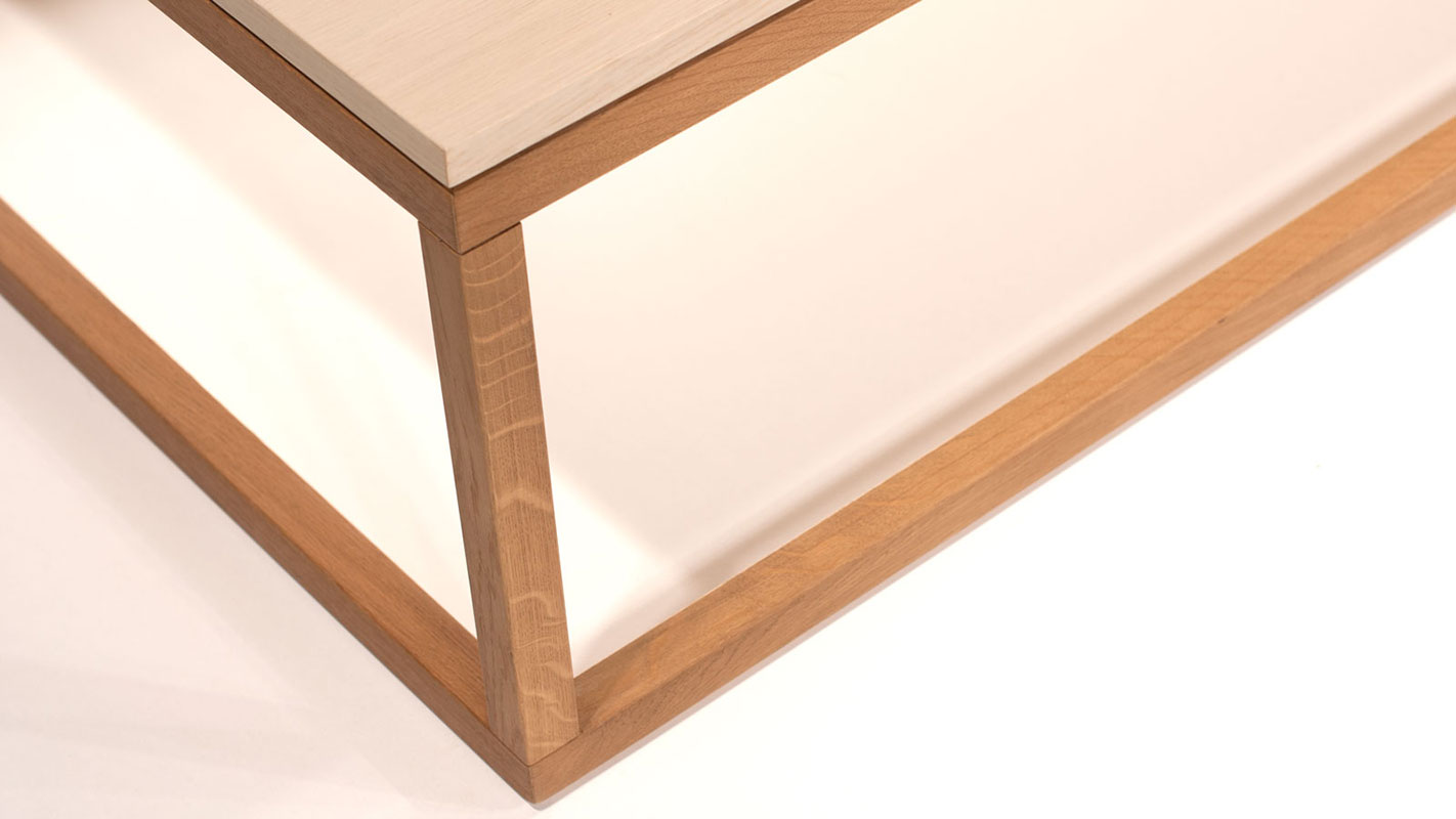 clear wood white oak coffee table with oak frame