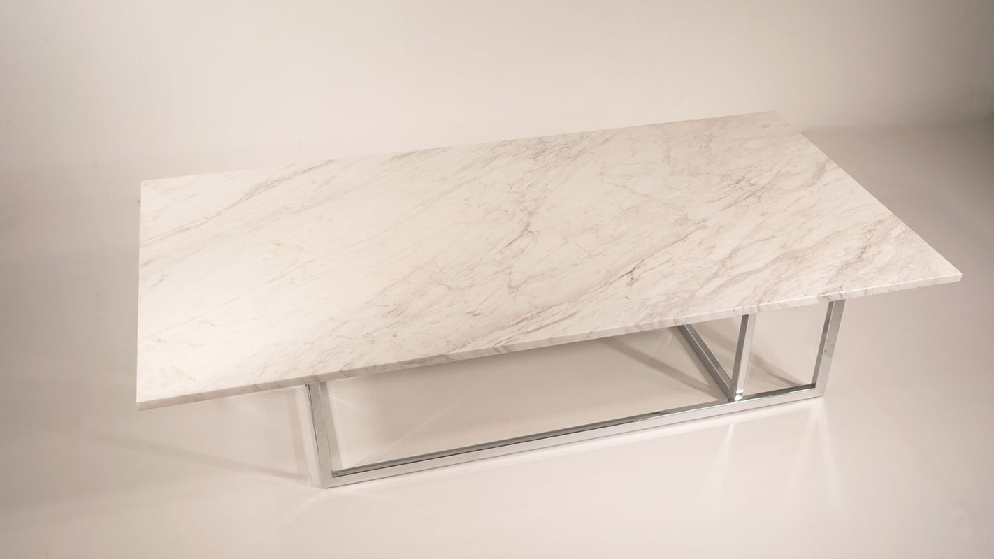 londra coffee table with metal frame and marble top