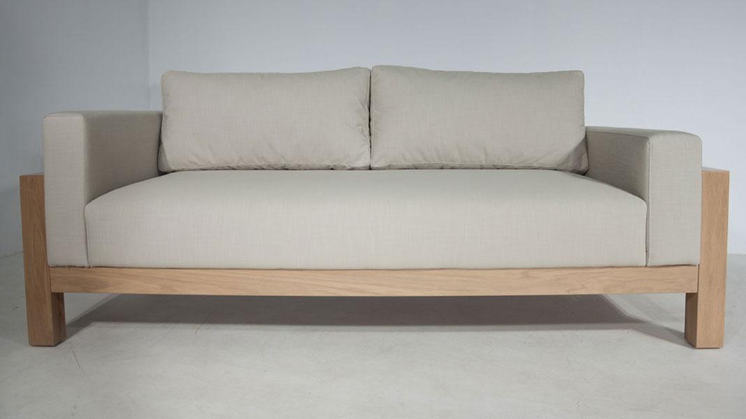 datti-sofa-simple