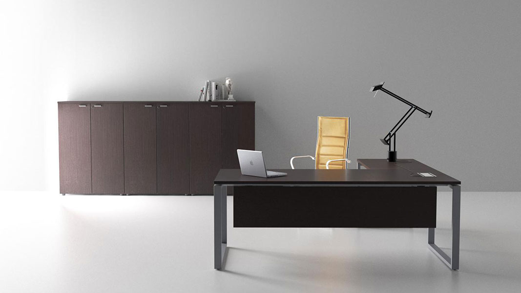 logic executive desk with metal legs