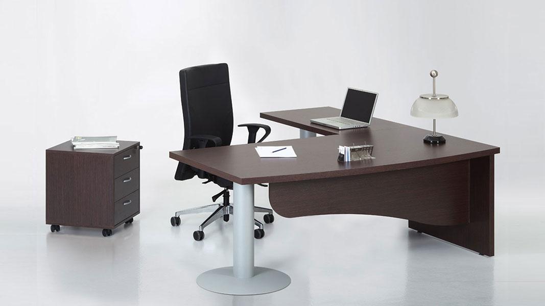 executive classic desk